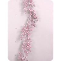 Гирлянда с розовыми ягодами