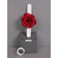 Браслет-зажим с розой, красный, 23 см