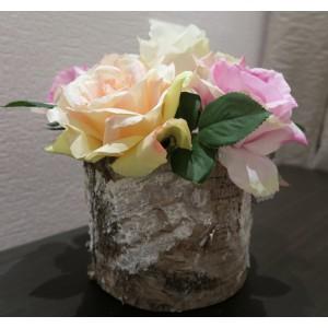 """Композиция """"Розы в бересте"""".  В состав входят: брус дерева, 5 роз """"Королева Анна"""" различных цветов"""