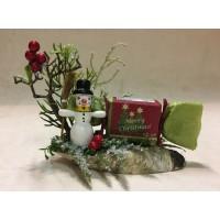 Новогодний подарок со снеговиком и мылом ручной работы