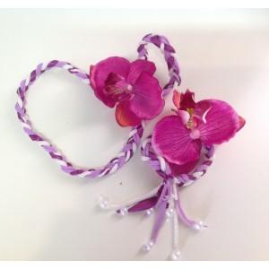Комплект браслет и ободок на голову с орхидеей бело-фиолетовый будет хорошим подарком и на 14 февраля, и на Женский День.