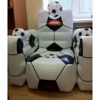 Кресло надувное для любителей футбола