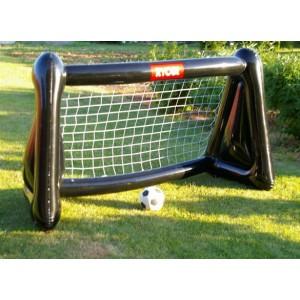 Подарок для мужчин - любителей футбола. На природе в любом уголке можно легко надуть ворота и прекрасно провести время с детьми.