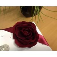 Праздничное украшение подарочной упаковки (коробки)-роза с атласной лентой