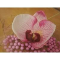 Заколка  - брошь с маленьким цветком (розовой орхидеей)