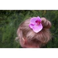 Заколка - зажим с маленьким цветком (розовой орхидеей)