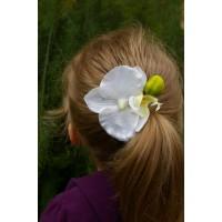 Заколка - зажим с крупным цветком ( белой орхидеей)