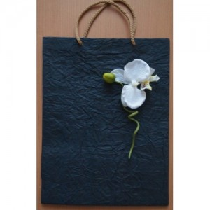 Бумажные подарочные пакеты с цветами