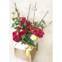 Пасхальная композиция с красными розами