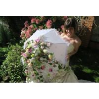 Аренда свадебного зонта из искусственных цветов