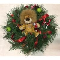 Рождественский детский венок сосновый Narvik с игрушкой, диаметр 30 см, искусственный